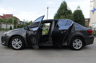 Toyota Avensis 2013 в Одессе