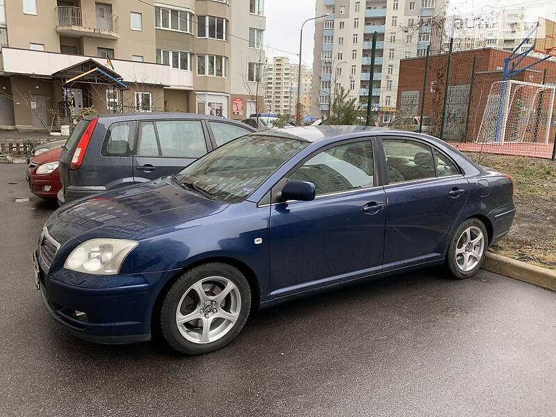 Toyota Avensis 2005 в Киеве