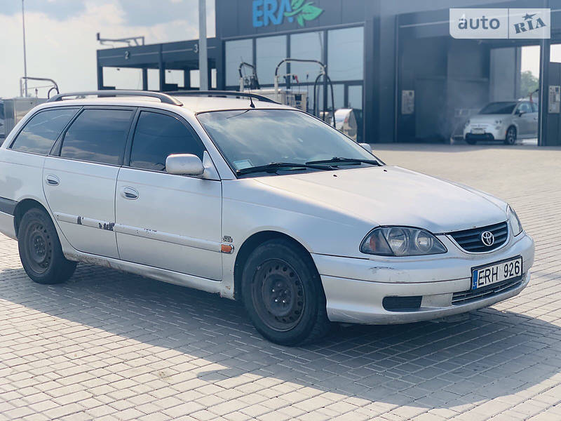 Унiверсал Toyota Avensis 2001 в Одесі
