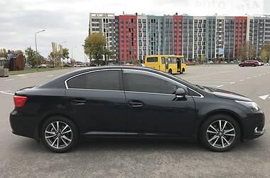 Седан Toyota Avensis 2012 в Києві