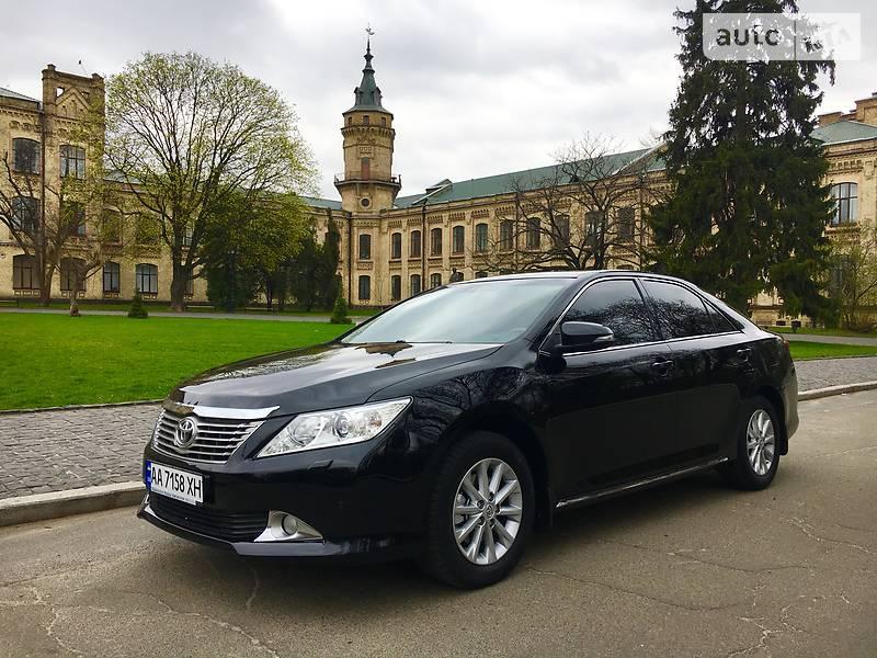 Toyota Camry 2014 року в Києві