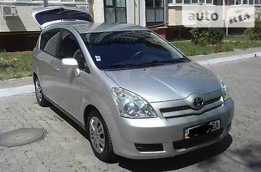 Toyota Corolla Verso 2006 в Черноморске