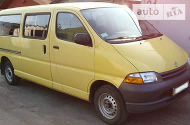 Toyota Hiace пасс. 2000 в Черкассах