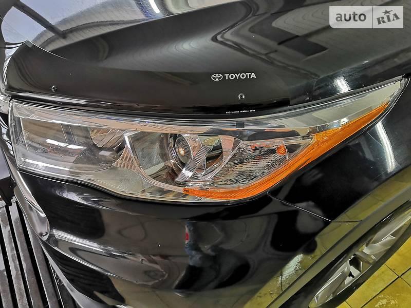 Toyota Highlander 2014 года в Сумах