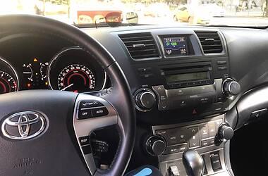 Позашляховик / Кросовер Toyota Highlander 2011 в Полтаві