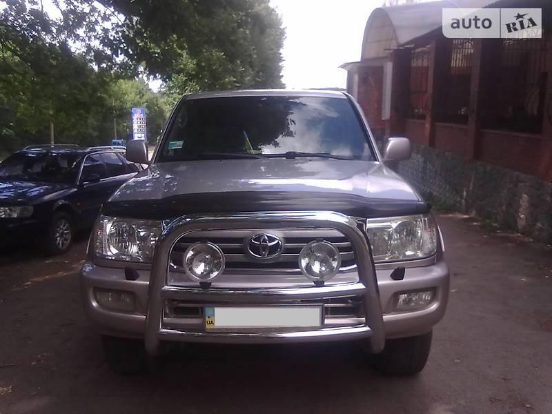Toyota Land Cruiser 100 2000 в Умани