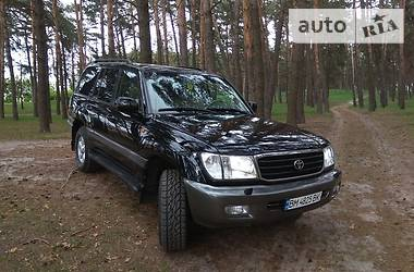 Toyota Land Cruiser 100 2001