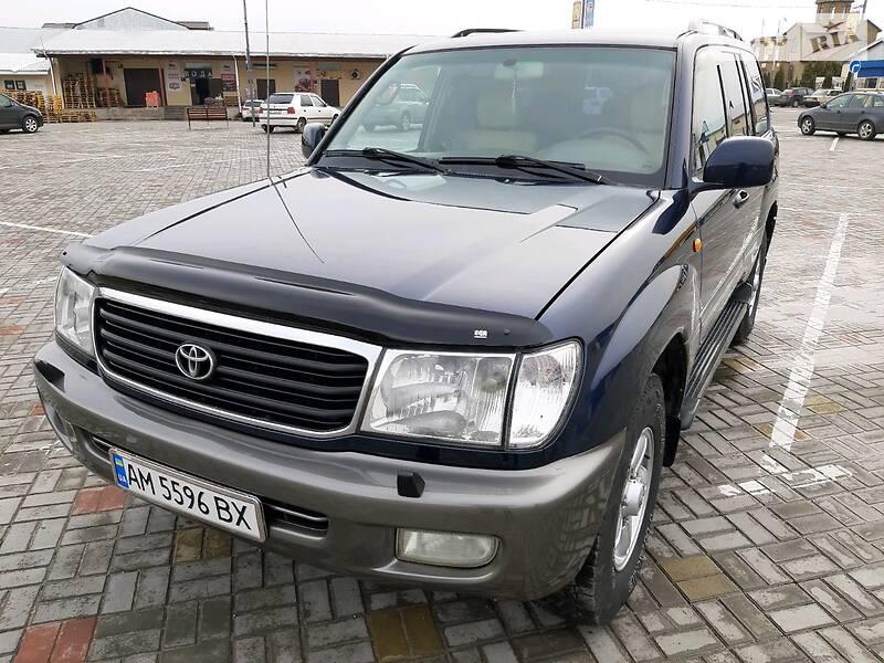 Toyota Land Cruiser 100 2000 в Житомире