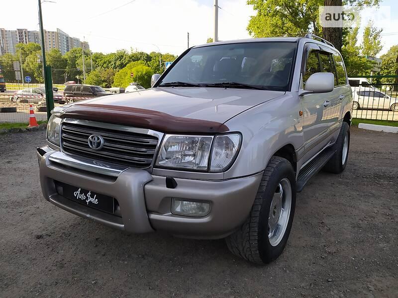 Внедорожник / Кроссовер Toyota Land Cruiser 100 2004 в Киеве