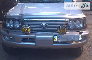 Toyota Land Cruiser 105 2002 в Донецке