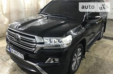 Toyota Land Cruiser 200 Premium 2015