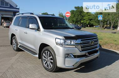 Toyota Land Cruiser 200 2017 в Николаеве