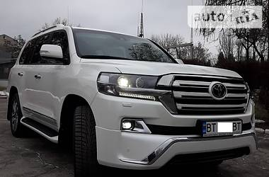 Toyota Land Cruiser 200 2017 в Херсоне