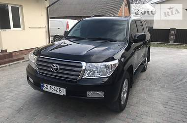 Toyota Land Cruiser 200 2011 в Гусятине