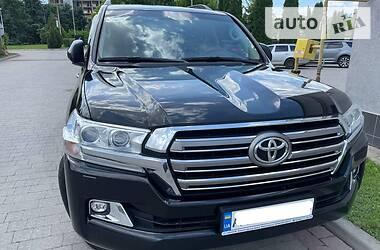 Унiверсал Toyota Land Cruiser 200 2018 в Івано-Франківську