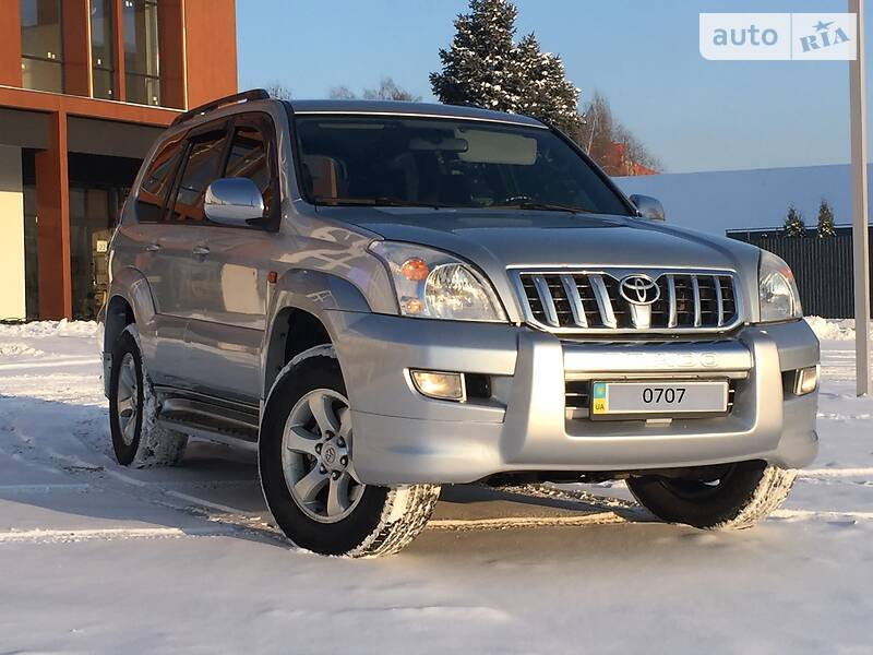 Toyota Land Cruiser Prado 120 2005