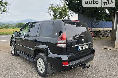 Внедорожник / Кроссовер Toyota Land Cruiser Prado 120 2004 в Хусте