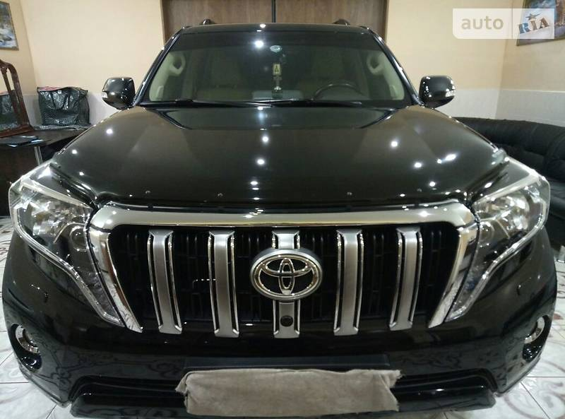 Toyota Land Cruiser Prado PREMIUM
