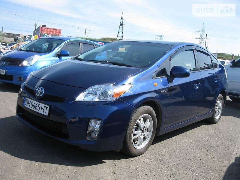 Toyota Prius 2011 року