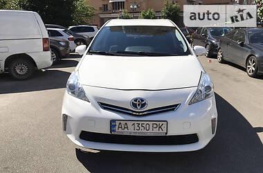 Универсал Toyota Prius 2013 в Киеве