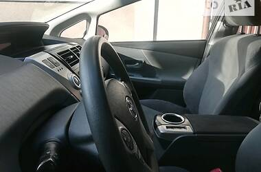 Минивэн Toyota Prius 2013 в Тернополе