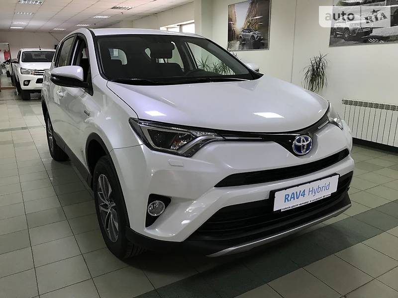 Toyota Rav 4 2018 в Чернівцях