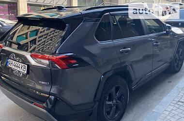 Toyota RAV4 2018 в Дніпрі
