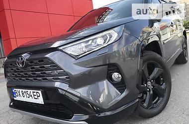 Внедорожник / Кроссовер Toyota RAV4 2019 в Виннице