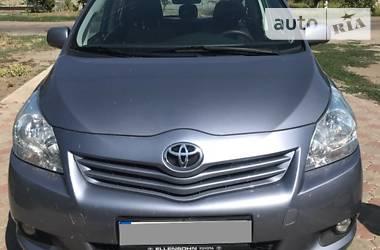Toyota Verso 2010 в Васильевке