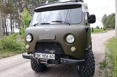 УАЗ 3741 2005 в Сарнах