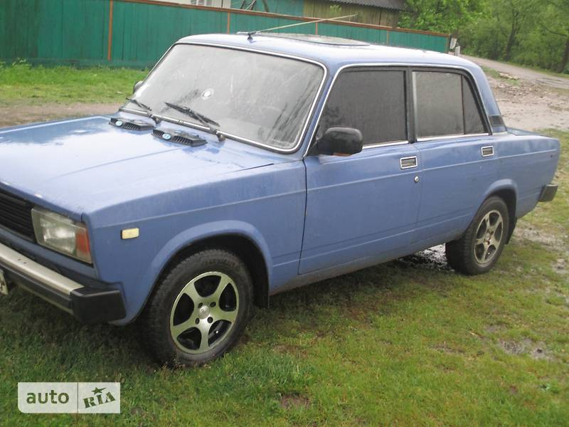 ВАЗ 2105 1990 в Надворной