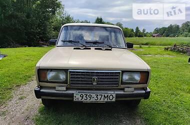 Седан ВАЗ 2105 1985 в Сторожинце