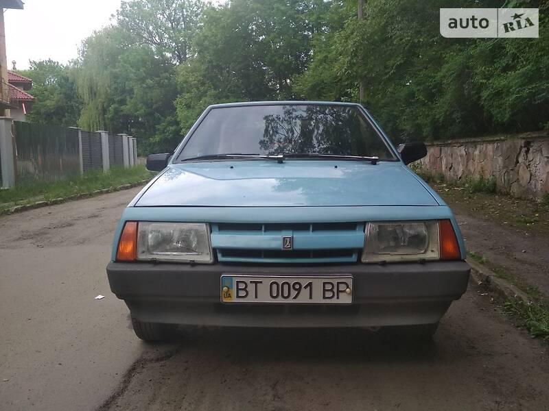 Хэтчбек ВАЗ 2108 1990 в Львове