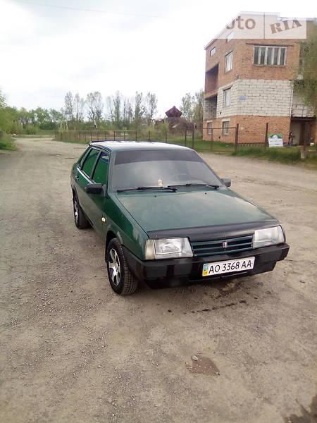 Lada (ВАЗ) 21099 2004 года в Ужгороде