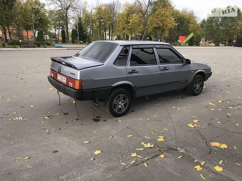ВАЗ 21099 2008 в Дубровице