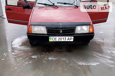 Седан ВАЗ 21099 1993 в Хотине