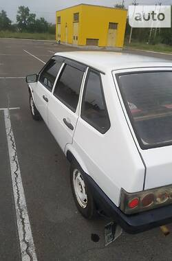 Хэтчбек ВАЗ 2109 1988 в Мариуполе