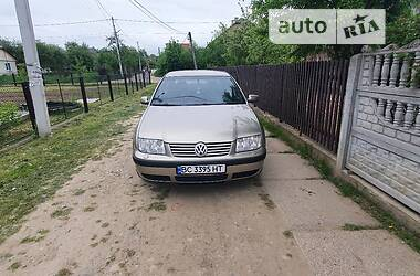 Седан Volkswagen Bora 2005 в