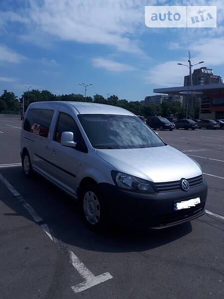Volkswagen Caddy пасс. 2011 года в Сумах