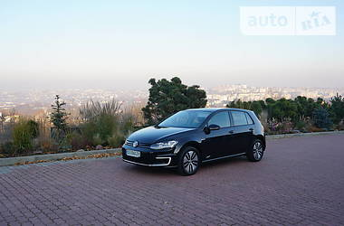 Хэтчбек Volkswagen e-Golf 2018 в Черновцах