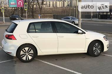 Хэтчбек Volkswagen e-Golf 2016 в Киеве