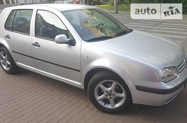 Хэтчбек Volkswagen Golf IV 2001 в Киеве