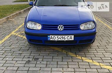 Хэтчбек Volkswagen Golf IV 2000 в Тячеве