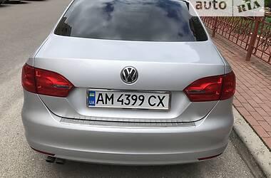 Седан Volkswagen Jetta 2014 в Киеве