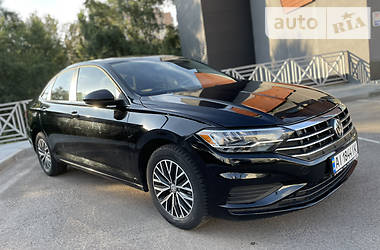 Седан Volkswagen Jetta 2018 в Києві
