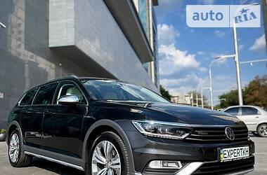 Универсал Volkswagen Passat Alltrack 2018 в Харькове
