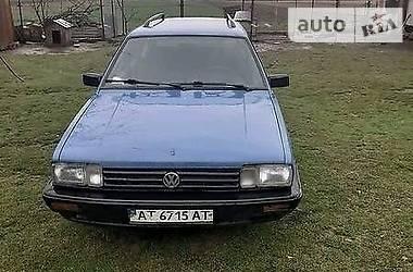 Volkswagen Passat B2 1988 в Черновцах