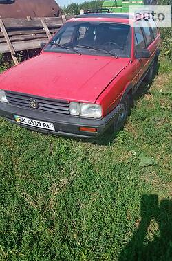 Универсал Volkswagen Passat B2 1986 в Демидовке