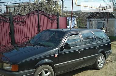 Volkswagen Passat B3 1992 в Захарьевке