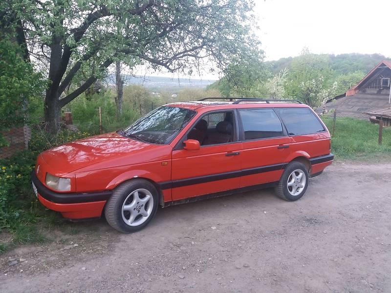 Volkswagen Passat B3 1990 в Черновцах